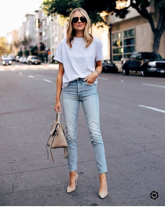 5 Awesome (insane) T-Shirt Hacks You Didn't Know About to look more stylish and unique.