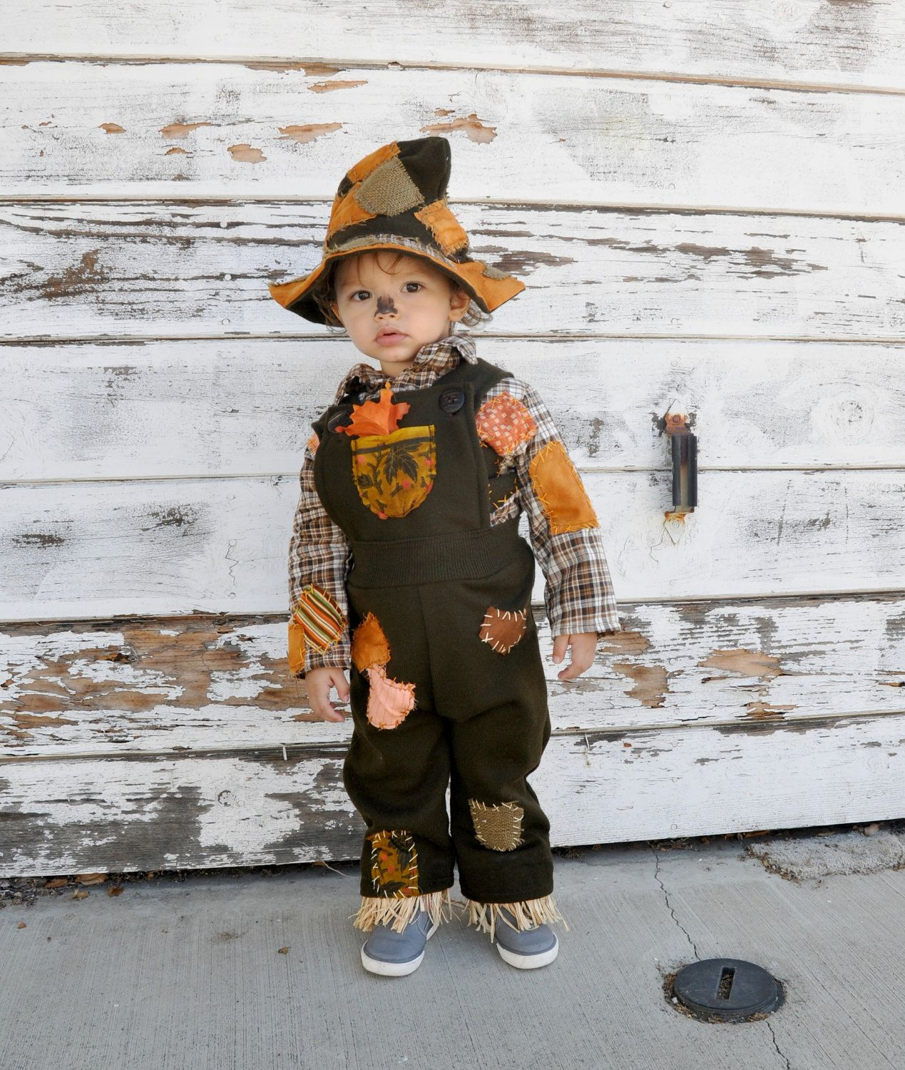 A last-minute scarecrow costume is an easy and nice one