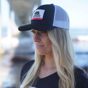 Show your style with the California bear hat