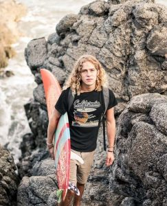 Don't skip this California t-shirt for surfing!