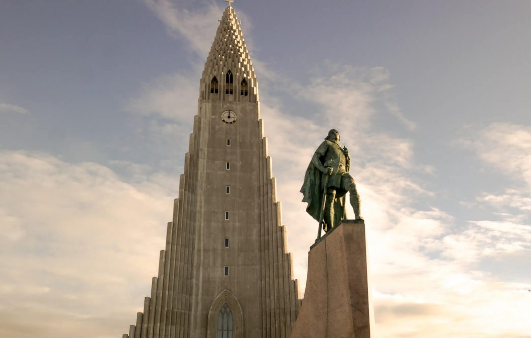 10 Best Leif Erikson T Shirts for This Leif Erikson Day