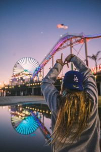 Let's see 7 Reasons Why People Love California Hat