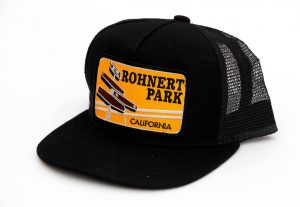 The California hat is the perfect gift for visitors.