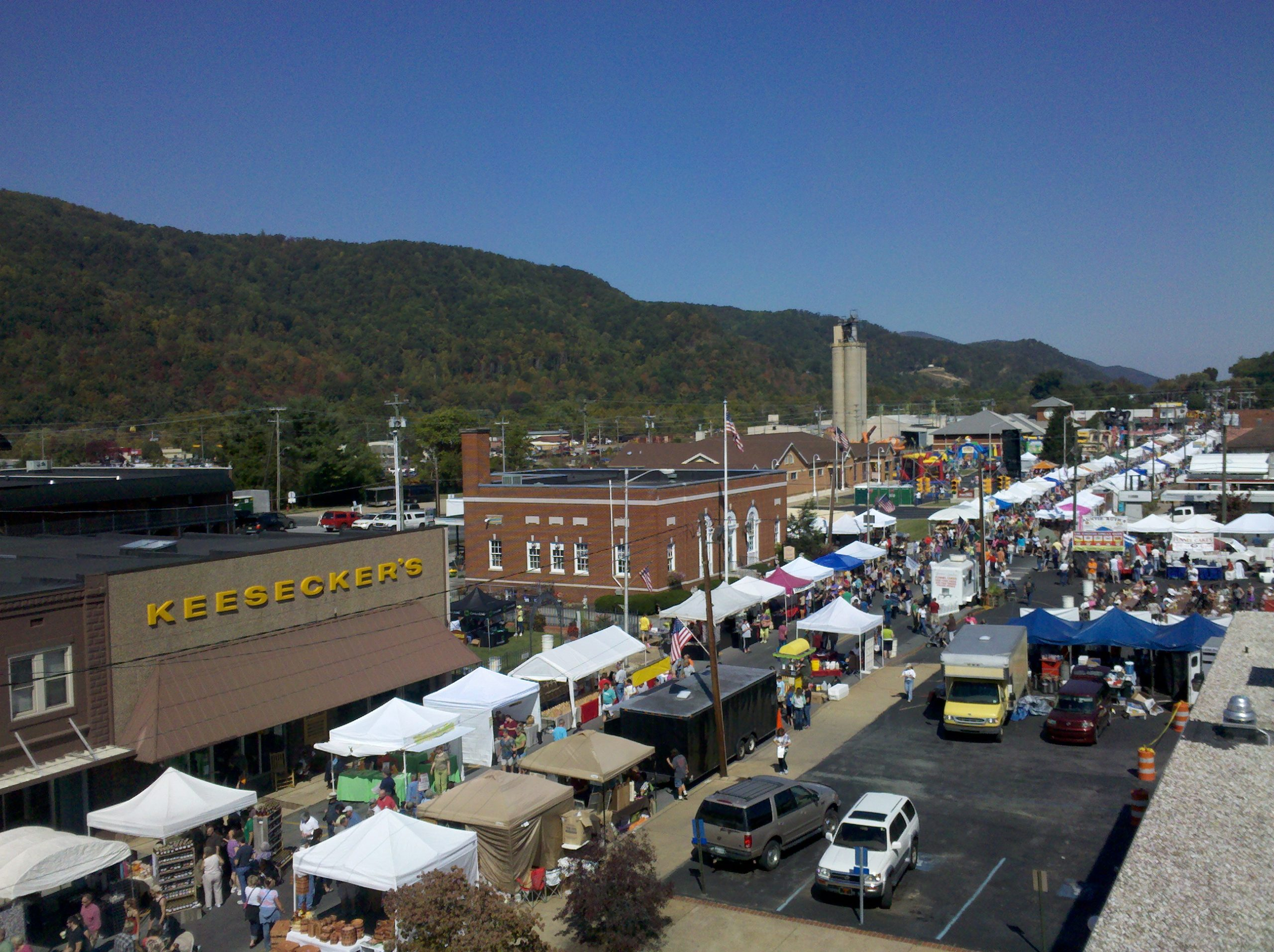 When Does The Unicoi Apple Festival Take Place