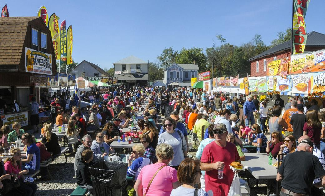 Covered Bridge Festival is held around the Winterset courthouse square in Madison
