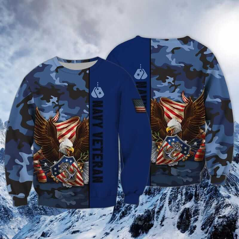One of the current US Navy shirts drawing the attention of young people.