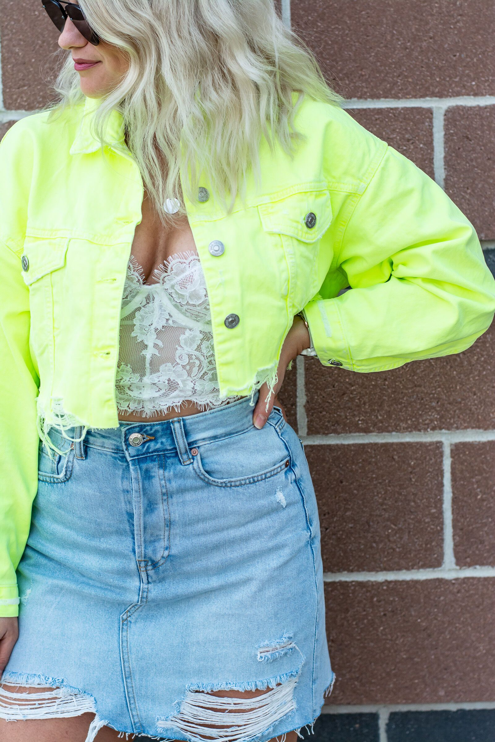 Neon will give you an unforgettable look